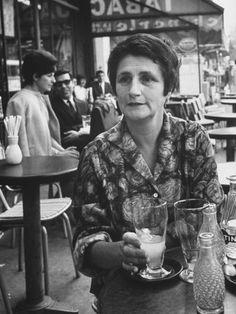 ジャンヌ・モディリアーニ(Jeanne Modigliani)。モディリアーニとエビュテルヌの娘。