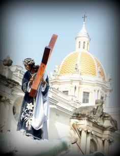 Jesús del Consuelo, 2013, a su paso por la iglesia de La Merced
