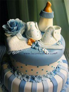 torta battesimo, trota per maschietto, torta bimbo, torta celeste,