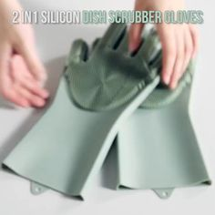 Magic Silicone Dishwashing Gloves - health - These Magic Silicone Dishwashing Gloves make it super easy to clean everything around your kitchen -