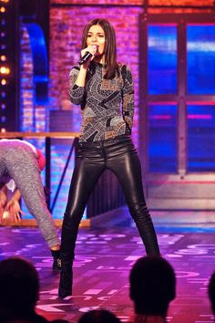 Victoria Justice Lip Sync Battle Promo http://www.leathercelebrities.com/photos/entry/victoria-justice-lip-sync-battle-promo/