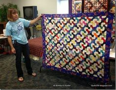 Bow Tie Leader & Ender Challenge at Show & Share in Peoria! What a great idea Bonnie Hunter, Blue Quilts, Scrappy Quilts, Amish Quilts, Easy Quilts, Hand Quilting, Machine Quilting, Rainbow Quilt, Tie Quilt