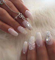 Bruid & bruiloft nagel ontwerp bruiloft nagels foto's – wedding-clothes-d…. Wedding Gel Nails, Wedding Nails For Bride, Bride Nails, Wedding Nails Design, Prom Nails, Long Nails, Jamberry Wedding, Bling Wedding, Trendy Wedding