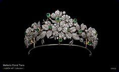 Diamond and platinum palmette tiara. Diamond floral tiara on a velvet wrapped . Royal Crowns, Royal Tiaras, Crown Royal, Tiaras And Crowns, Antique Jewelry, Vintage Jewelry, Faberge Eier, Estilo Real, Diamond Tiara
