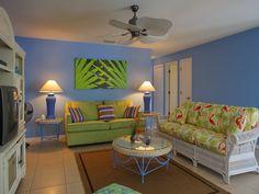 Relax on #AnnaMariaIsland in #Berryfish villa's spacious living room