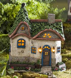 Miniature Fairy Garden Surrey Solar House   Miniature Fairy Gardens