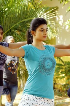 Tamil and Telugu hot actresses sexy pictures Stylish Girl Images, Stylish Girl Pic, Beautiful Bollywood Actress, Most Beautiful Indian Actress, Beauty Full Girl, Beauty Women, Indian Girls Images, Beautiful Girl Image, Beautiful Life