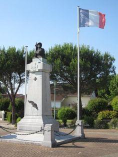 Monument aux morts – Biganos, Aquitaine