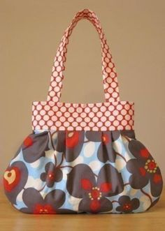 Sweet Pea Totes Pleated Handbag - Downloadable Pattern