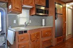"2007 Used Tiffin Motorhomes Allegro Bay 34X 2SLDS Class A in Utah UT.Recreational Vehicle, rv, 2007 Tiffin Motorhomes Allegro Bay 34X 2SLDS, Front end Cummins 300hp Diesel on a Freightliner Chassis. Onan Generator 671 hours, 2012 Mich. Tires, Air conditioning Front and Rear. Furnace Front and Rear, Inverter, 3 32"" TV's, Satellite King Dome with receiver, GPS system, Wired for cable and satellite, Surge protector, propane stove and water heater, Central Vacuum Cleaner, USP outlets, Dial by…"