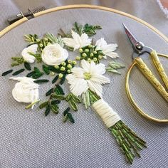 """""""I am a work in progress dressed in the fabric of a world unfolding."""" ~Ani DiFranco . #embroidery #embroidered #needlework #bordado #broderie #floral #florals #flowers #flowerlovers #flowerlove #flowerstagram #flowersofinstagram #handembroidery #bouquet #handmadewithlove #floraldesign #creativelifehappylife #creativityfound #mycreativebiz #handmadewithheart #doitfortheprocess #creativeprocess #thatsdarling #workinprogress #weddingbouquet #livecolorfully #inspiredbynature #artistsofinstagr..."""