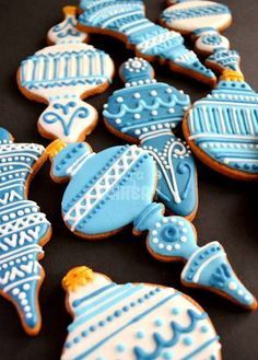 #Christmas #cookies Decorated blue ornaments ToniK ℬe Meℜℜy #baking ohsugareventplanning.blogspot.com