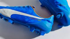 """PUMA hook up their evoSPEED SL silo with a simplistic bright blue colourway. On paper you're looking at """"Electric Blue Lemonade/White/Orange Clown Fish"""". Because who doesn't love a bit of """"Orange Clown Fish""""? Soccer Gear, Soccer Cleats, Electric Blue Lemonade, Football Boots, Gears, Studs, Kicks, Design, Football Cleats"""
