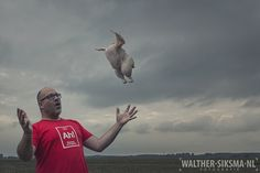 """flying lessons""  Selfie project 52 2016, week 22. Initial idea was to let the chicken jump trough a hoop, but by lack of a hoop it was flying lessons instead. Three photo composite, Chicken bound to a fishing rod so I could shoot all angles :) Might be the chicken will appear in more images.... #self #selfportrait #chicken #flying"