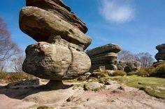 Idol Rock - énorme rocher naturellement en équilibre - 2Tout2Rien