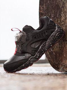 17f3eb234c5 Trapster x Puma Disc Blaze Sneakers Design