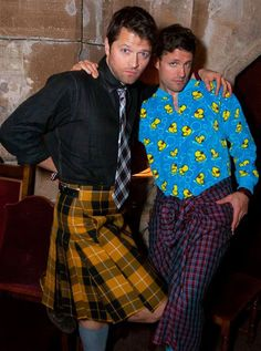 Misha Collins kilt...how does he manage to pull this off?! Oh wait it's Misha Collins