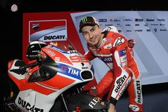 Claudio Domenicali, CEO of Ducati, thinks that Jorge Lorenzo can win more Casey Stoner with the Italian brand. The Spaniard will be the new MotoGP Star