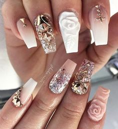 "818 Me gusta, 1 comentarios - @weddingnails_inspiration en Instagram: ""by @haha_nails_:✨✨✨ #hahanails #nudenails #longnails #blingnails #swarovskinails #nailart…"""
