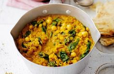 Spinach and chickpea coconut dhal