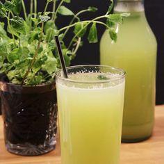 Renande detoxjuice för en svullen mage – PiggaBloggen