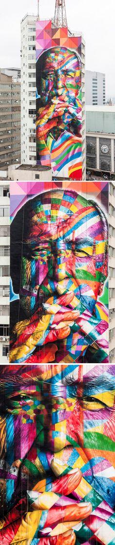 52 meter high mural of Oscar Niemeyer by Eduardo Kobra in São Paolo, Brasil