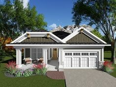 Craftsman Ranch, Craftsman Style House Plans, Ranch House Plans, Craftsman Bungalows, New House Plans, Small House Plans, House Floor Plans, 1200 Sq Ft House, Courtyard House Plans