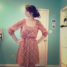 Peasant dress Adorable patterned dress, great for spring and fall! Dresses