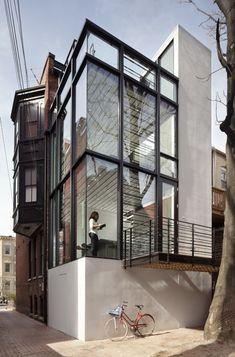 Barcode House / David Jameson