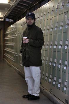MITYP: on the street .. Harajuku - Hirotaka Sasako, Paul Harnden mac coat Style / ウォッシュをかけたポールハーデンのマックコート -