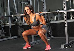 Les fessiers, c'est l'un des muscles que l'on aime le plus travailler quand on est une femme. Quelle satisfaction de voir ses petites fesses s'arrondir et changer de forme peu à peu ! Pourtant, je sais que beaucoup d'entre vous ont du mal à voir cette partie du corps progresser, malgré un entraîneme
