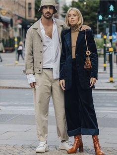 Carlota boots on the way to steal your gir Daily Fashion, Trendy Fashion, Boho Fashion, Mens Fashion, Cool Street Fashion, Street Style, Hanna Stefansson, Stockholm Fashion Week, Stylish Couple