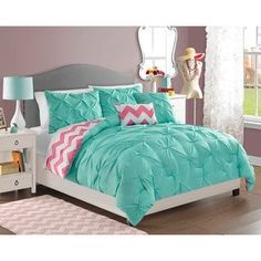 Teen Girl Bedrooms truly dreamy vibe - Delightful and breathtaking styling tricks. Filed at teen girl bedrooms themes teal , wicked example note inspired on 20190127 Teen Girl Bedding, Teen Girl Bedrooms, Big Girl Rooms, Teen Comforters, Teen Bedroom, Dream Rooms, Dream Bedroom, Warm Bedroom, Kids Comforter Sets