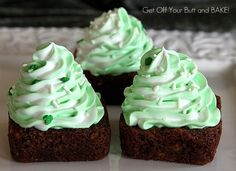 The blogger says these are St. Patrick's Day brownies, but I think you could easily make them Christmas brownies! The frosting is marshmallow swirl.