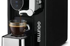 You have the right gear to brew a good cup of coffee You have pots, discount espresso machine, coffee grinders, and other espresso machine devices. Breville Espresso Machine, Home Espresso Machine, Espresso Machine Reviews, Espresso Maker, Espresso Coffee, Best Coffee, Best Latte Machine, Coffee Making Machine, Latte Maker