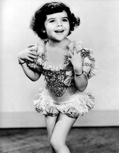 """Darla Hood, 1935 (1931-1979). Best known as the leading lady in the """"Our Gang""""…"""