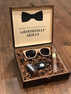 Groomsmen Cigar Gift Box with Wooden Sunglasses Gift Box . - Meins -Personalized Groomsmen Cigar Gift Box with Wooden Sunglasses Gift Box . Groomsmen Gift Box, Wedding Gifts For Groomsmen, Groomsmen Proposal, Bridesmaids And Groomsmen, Gifts For Wedding Party, Groomsman Gifts, Party Gifts, Bridesmaid Gifts, Wedding Parties
