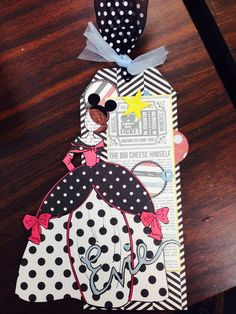 """Anne's Prima Doll """"Evie Goes to Disney World"""" - lovin' the polka dots, Evie! Prima Paperdoll Club at Simple Pleasures."""