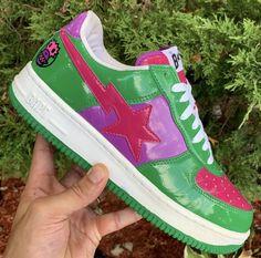 A Bathing Ape Bape Bapesta Pink Navy Pharrell Sz Shoes camo kanye Roadsta OG Best Sneakers, Sneakers Fashion, Shoes Sneakers, Shoes Heels, Aesthetic Shoes, 90s Aesthetic, Hype Shoes, Basket A Talon, Fresh Shoes