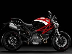 """Model is certainly the most wanted model Ducati """"Monster"""", which is produced in several varijianti. Today it is one of the variants of a model of the 2013 Ducati Monster """"Monster is a high performance motorcycles and beautiful sporty design Ducati 696, Diavel Ducati, Ducati Monster 600, Monster Motorcycle, Monster 696, Ducati Motorcycles, Motorcycles For Sale, Diesel, Motorcycle Images"""
