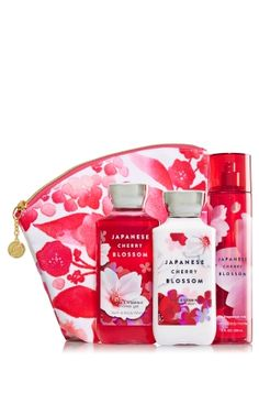 Japanese Cherry Blossom - Beautiful Blooms Gift Set - Bath & Body Works - Beautiful blooms, beautiful you! Spoil someone special with all three steps of our Daily Trio—super-lathering Shower Gel (10 fl oz), hydrating Body Lotion (8 fl oz) and skin-loving Fine Fragrance Mist (8 fl oz). Plus, the fun floral print, bright gold zipper and colorful lining on our spacious cosmetic bag makes this the perfect gift for putting a little spring in her step!