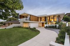 Moreing Road  / Mountford Architects