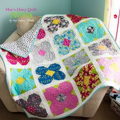 Mae's Daisy - crib/lap quilt plus pillow pattern