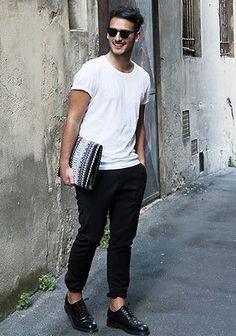 【最も早くオシャレになる方法】現役メンズファッションバイヤーが伝える洋服の「知り方」/ Knower Mag » 【プロでも間違える!!オシャレなTシャツの選び方】夏のTシャツは袖を見て選べ!!「シルエットが綺麗」の基準とは?