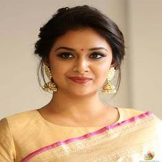 Keerthy Suresh Keerthy Suresh Soft, shiny, silky and well-groomed hair is our dream. However, caused by our research for hair care, the. Bridal Hairstyle Indian Wedding, Bridal Hair Buns, Indian Bridal Hairstyles, Wedding Hair Down, Bollywood Hairstyles, Saree Hairstyles, Bride Hairstyles, Cool Hairstyles, Engagement Hairstyles