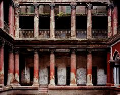 View Courtyard, Mitra House, North Kolkata by Laura McPhee on artnet. Browse more artworks Laura McPhee from Gail Severn Gallery. India Street, Space Place, Kolkata, Architecture Details, Amazing Architecture, Abandoned Places, Old Houses, Art Gallery, Exterior