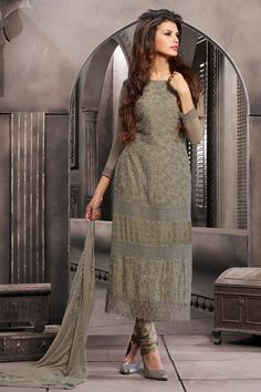 Simple is #Beautiful. Don't you agree Girls?*NOTE: This collection of salwarsuits comes with 2 pieces for the bottom -- One for Chudidar and Other one for a #Palazzo #PantOur Price: INR 2,664#TheBigLoot #Sale Price: INR 1,332Shop Now: http://www.admyrin.com/pages/Ranch/pgid-1002194.aspx#SalwarSuit #SalwarKameez #Chudidar #Palazzo #COD #Georgette #Casual #OfficeWear #Formal