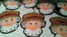 Mamá Noela... toda de goma eva... para colgar en el arbolito de Navidad... bellasss!
