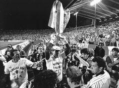 Van Breukelen raises the European Cup for the PSV in Stuttgart on May 25, 1988