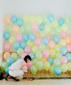 change the colors to 'boy colors'...great birthday party photo backdrop!